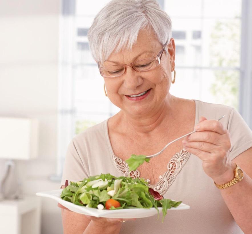 Низкокалорийная диета, какие последствия могут быть при чрезмерном увлечении, рассказал журнал Nature