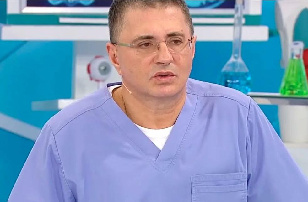 """Осенью ожидается новый устойчивый к вакцинам штамм коронавируса южноафриканская """"Бета"""", рассказал доктор А.Л.Мясников"""